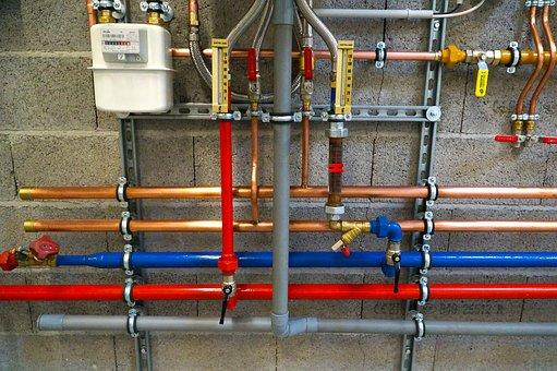 Как да действаме при нужда от смяна на водопроводен щранг?