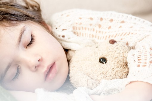 Възможно ли е изборът на легла за детска стая да бъде лесен и приятен?
