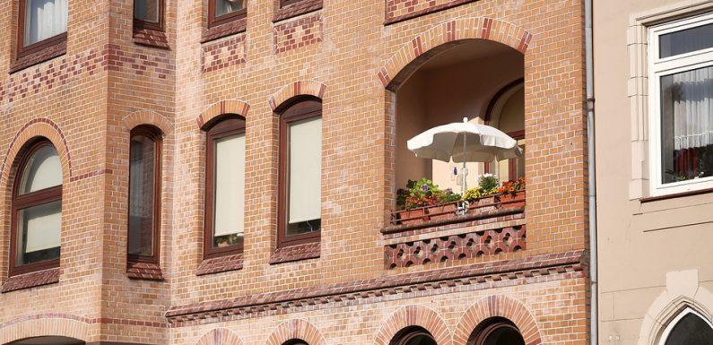 Чадър в градината – нужен ли е