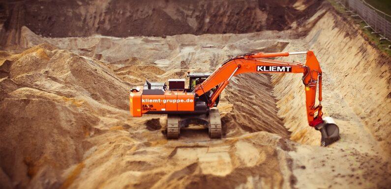 Наемане на професионални фирми за изкопи гарантира безопасно извършване на услугата