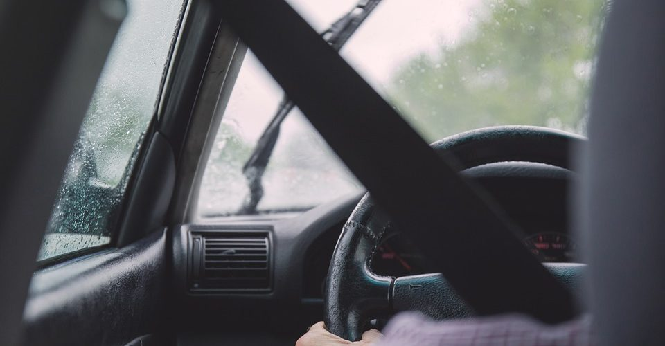 Как да подходим професионално към шофирането и поддържането на автомобила